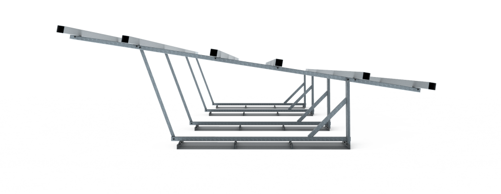 Zijaanzicht frame vrije veldopstelling 27 zonnepanelen